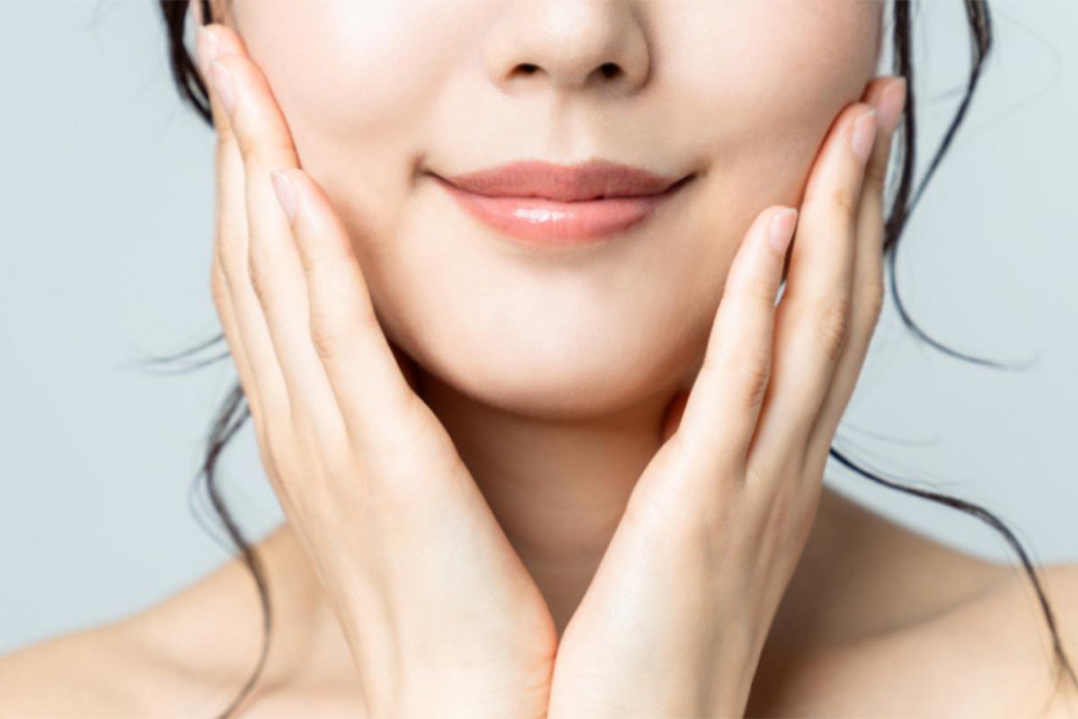 การปลูกถ่ายคางมักจะทำแบบแยกส่วน และมักใช้ร่วมกับการทำศัลยกรรมตกแต่งใบหน้าอื่นๆ